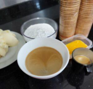 ingredientes para fazer bolo de bolacha